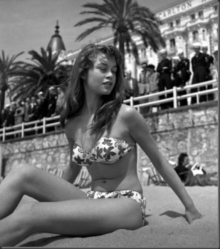 05917_celebrity_city_Bridget_Bardot_2_122_498lo.jpg