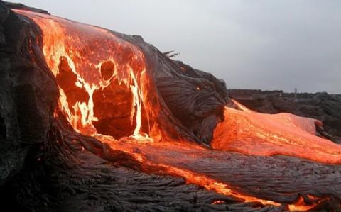 Hawaii-volcano.jpg