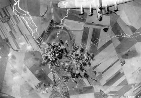 B-17s-v-Stargard-Ger.jpg