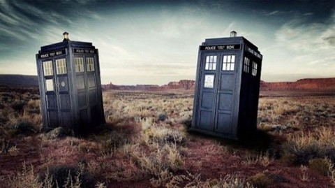 Doctor-Who-TARDIS-Comparison-10th-11th-570x320.jpg
