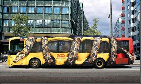copenhagen-zoo-snake-bus-big_thumb.jpg
